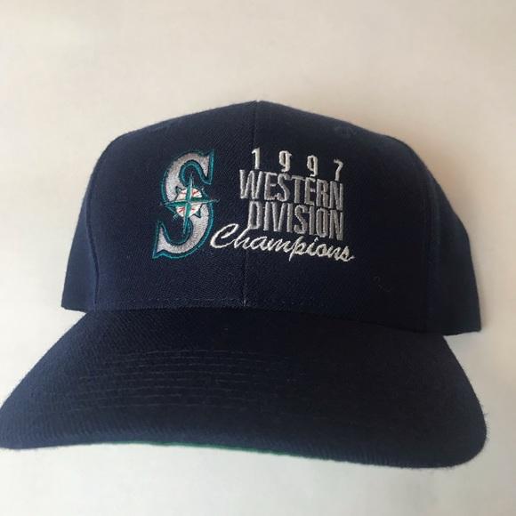 4e44ffdca75 Seattle Mariners vintage SnapBack. M 5c6f8e2eaa877018c4eda6d3